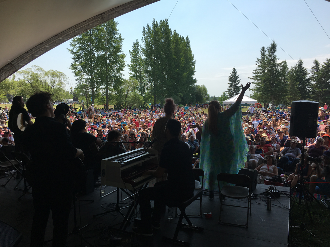 Manitoba artists workshop at Winnipeg Folk Festival 2017